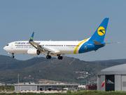 BOEING 737-9KV ER (UR-PSI)