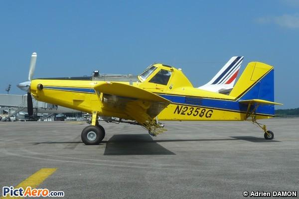 AT-402B (Air Tractor)