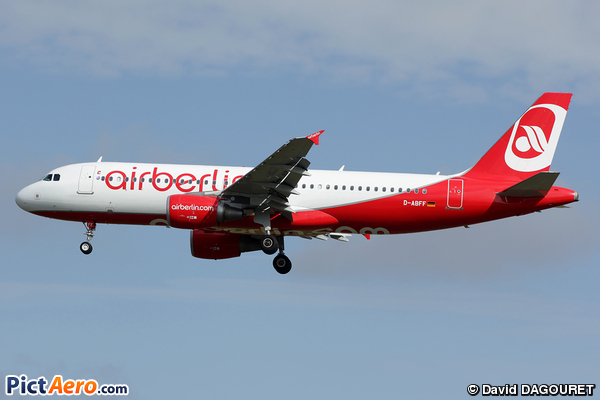 Airbus A320-214 (Air Berlin)