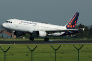 Airbus A320-214 (OO-SNB)