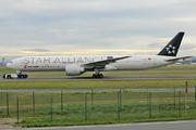 Boeing 777-39L(ER) (B-2032)