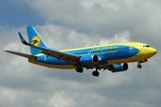 Boeing 737-36Q (UR-GBD)