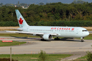 Boeing 767-35H/ER (C-GHLA)
