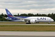 Boeing 787-816 (CC-BBA)
