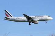 Airbus A320-214 (F-GKXN)