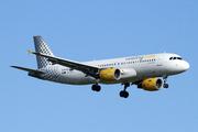 Airbus A320-216 (EC-KDX)