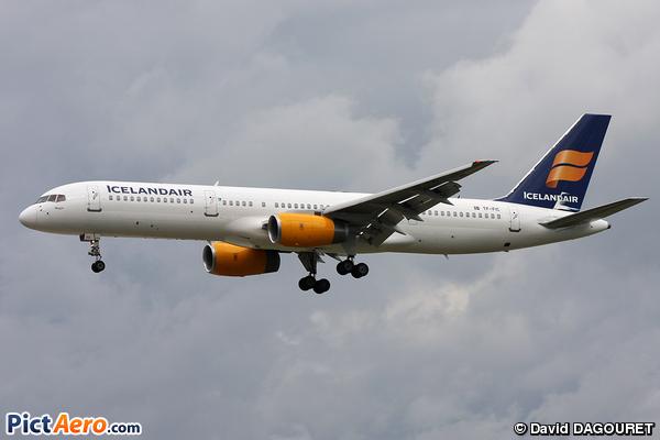 Boeing 757-23N (Icelandair)