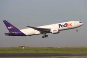 Boeing 777-FS2 (N858FD)