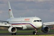 Airbus A320-214 (EI-EYR)