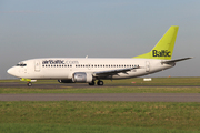 Boeing 737-31S (YL-BBR)