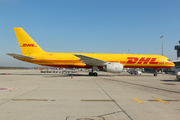 Boeing 757-236/SF (G-BMRD)