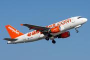 Airbus A319-111 (G-EZAN)