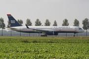 Boeing 757-2B7 (N939UW)