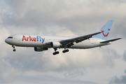 Boeing 767-383/ER (PH-AHX)