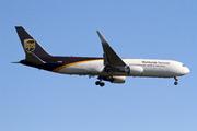 Boeing 767-34AF/ER (N316UP)