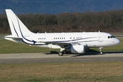 Airbus A318-112CJ Elite (A6-AAM)