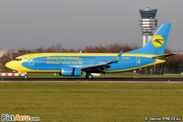 Boeing 737-36Q (Ukraine International Airlines)