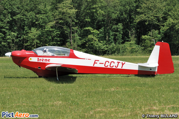 Scheibe SF-28A Falke Tandem (Amicale Eric Nessler)