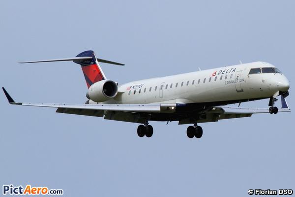 Canadair CL-600-2C10 Regional Jet CRJ-701 (Delta Connection (ExpressJet Airlines))