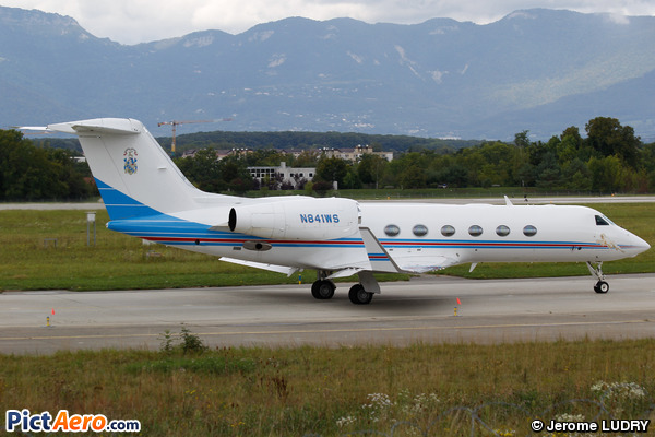Gulfstream Aerospace G-IV-X Gulfstream G450 (Private)