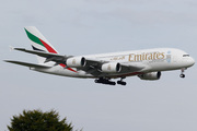 Airbus A380-861 (A6-EEZ)