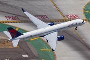 Boeing 757-2Q8 (N713TW)