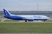 Boeing 737-430 (YR-BAK)
