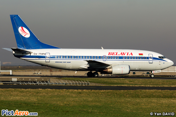 Boeing 737-505 (Belavia Belarusian Airlines)