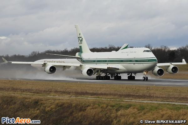 Boeing 747-4J6 (Kingdom Holding Company)