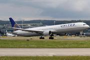 Boeing 767-424/ER (N69063)