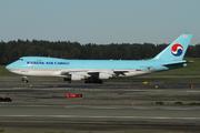 Boeing 747-4B5F/ER/SCD (HL7437)