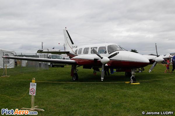 Piper PA-31-310 Navajo C  (Private / Privé)