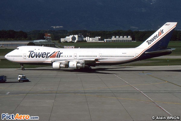 Boeing 747-130 (Tower Air)