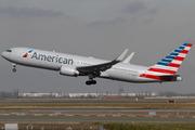 Boeing 767-323/ER (N346AN)