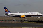 Boeing 757-256 (TF-FIZ)