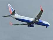 Boeing 737-86J (EI-UNJ)