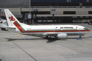 Boeing 737-3K9 (CS-TIH)