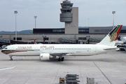 Boeing 767-3P6/ER (A4O-GZ)