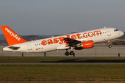 Airbus A320-214 (HB-JZR)