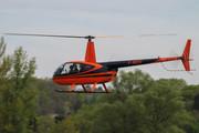 Robinson R-44 Raven II (F-HGSC)