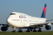 Boeing 747-451 (N664US)