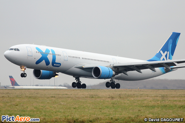 Airbus a330 303 f hxlf xl airways france par david for Airbus a330 xl airways interieur
