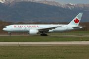 Boeing 777-233/LR (C-FNND)