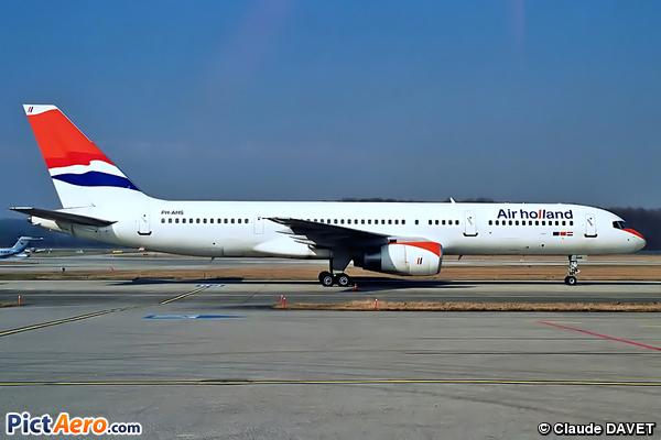 Boeing 757-28A (Air Holland)