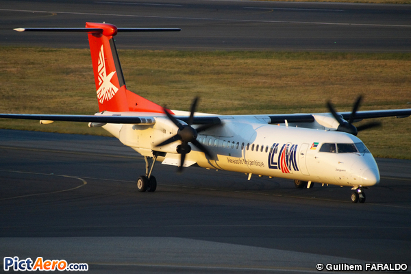 De Havilland Canada DHC-8-402Q Dash 8 (LAM - Linhas Aereas de Mocambique)