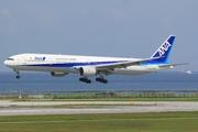 Boeing 777-381 (JA757A)