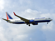 737-85P/W (EI-RUE)