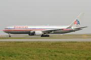 Boeing 767-323/ER (N354AA)