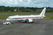 Boeing 757-225 (N757HW)