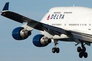 Boeing 747-451 (N669US)